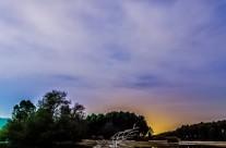 Caminito de piedras por el pantano