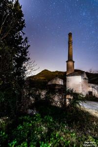 pinos genil nocturna la fábrica enfoque y foto para facebook