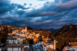 san miguel bajo amenaza tormenta albaicin enfoque y foto para facebook