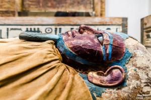 momia en el met nueva york tokina enfoque y foto para facebook